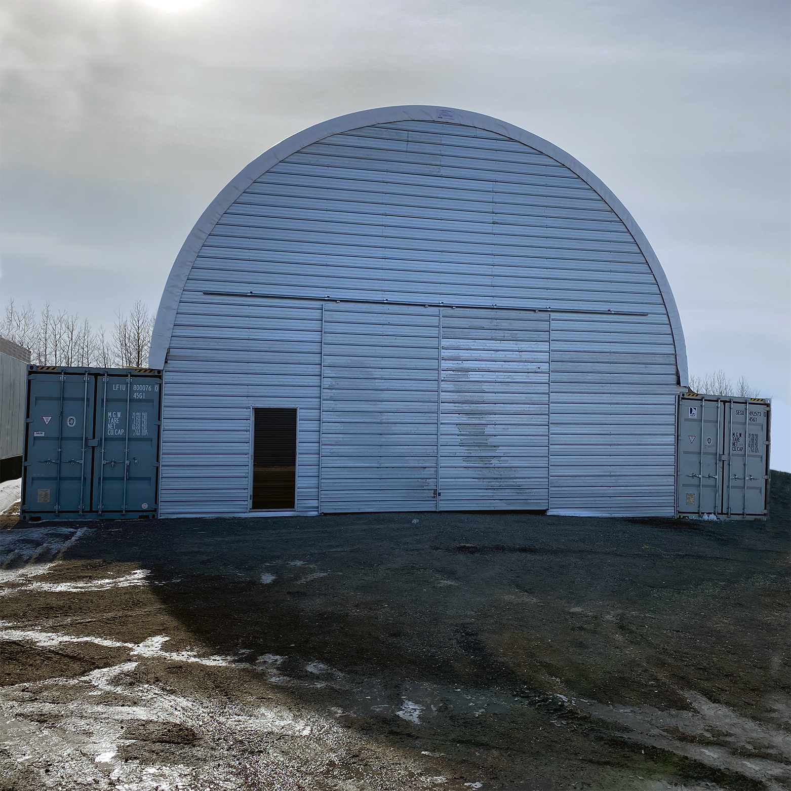 Portable Building Mounted on Sea Cans Endwall