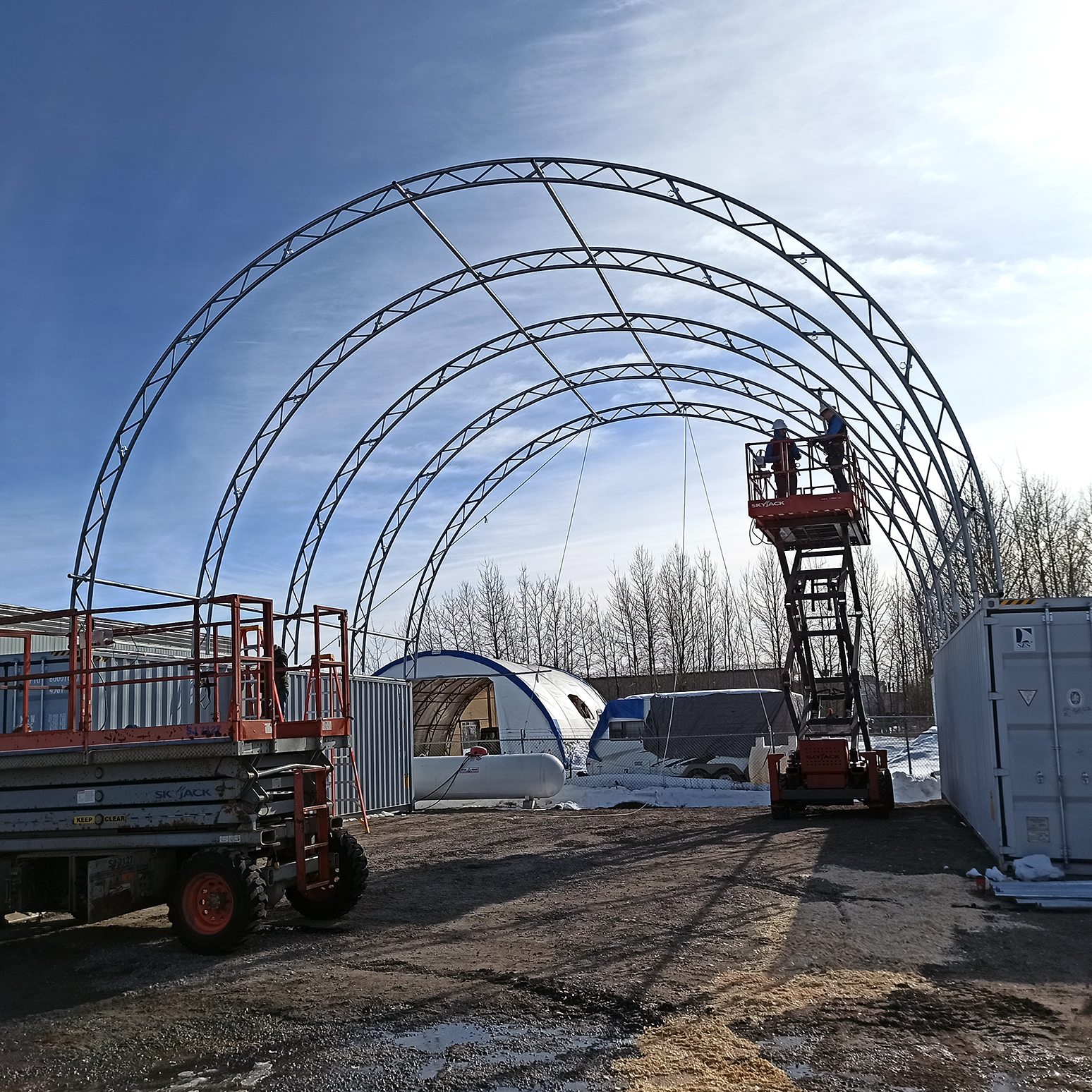 Portable Building Mounted on Sea Cans Truss